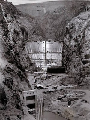 The Hoover Dam, halfway through its construction.