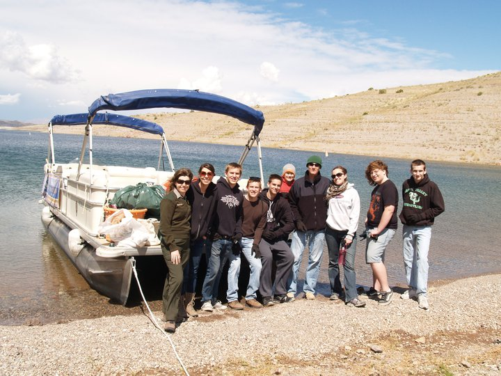 Spring Meadows Church youth group picked up over 100 pounds of trash at Kingman Wash.