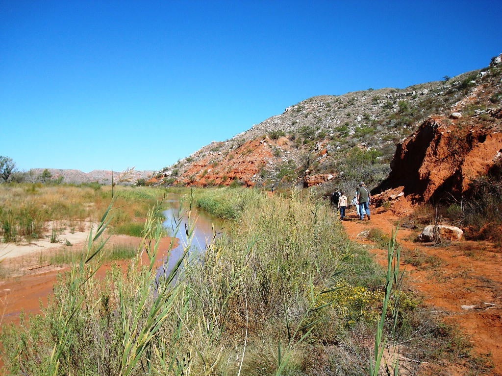 Things to do lake meredith national recreation area u s for Lake meredith fishing report