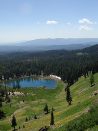 Hiking Cold Boiling And Crumbaugh Lakes Trails Lassen