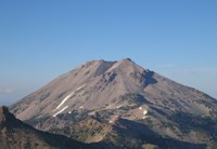 view of Lassen peak from brokeoff mountain