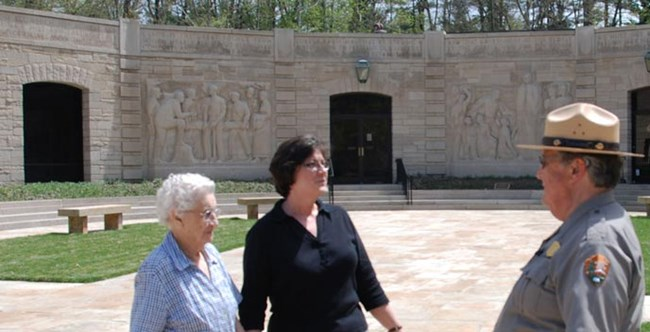 Work With Us Lincoln Boyhood National Memorial U S National Park