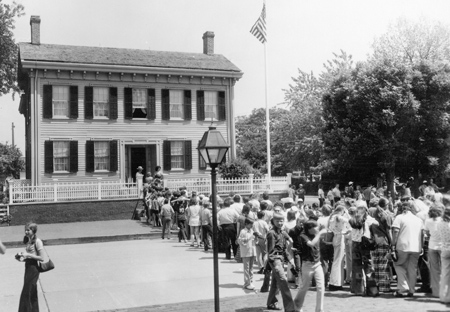 Students waiting to enter the Lincoln home in 1974.