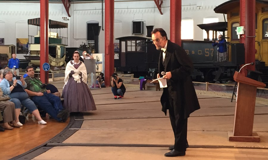 Lincoln-actor-Fritz-Klein-performing-at-the-B&O-Railroad-Museum-in-Baltimore-Maryland-for-web
