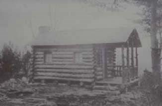 Example of an early style log house