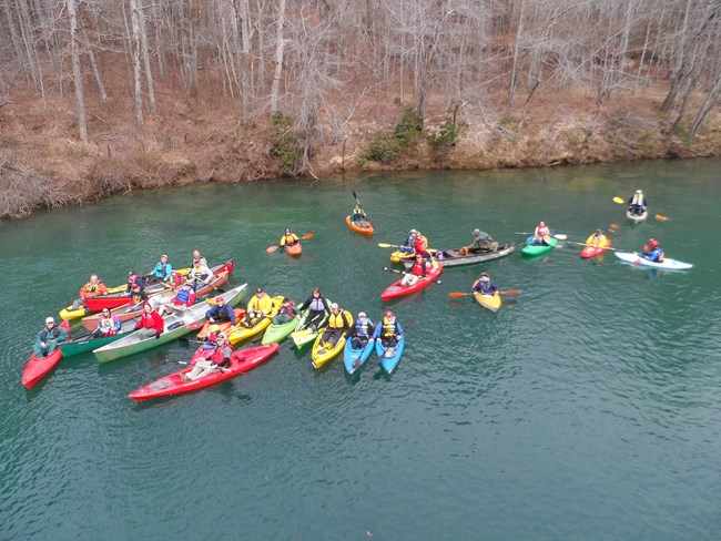 Kayaks and canoes on Little River