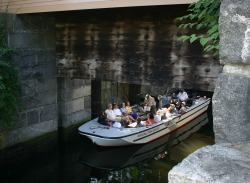 Canal Boat traveling underneath the Great Gate