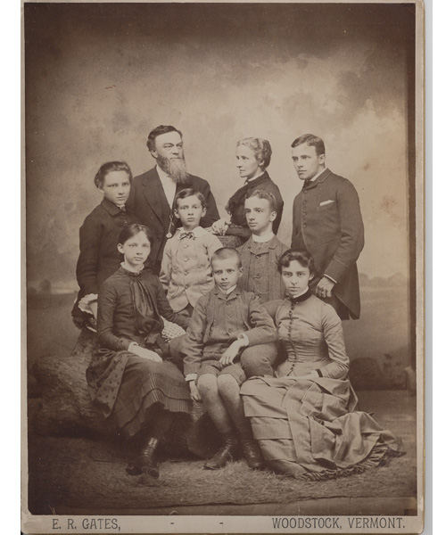 Billings Family portrait 1884 with 9 family members