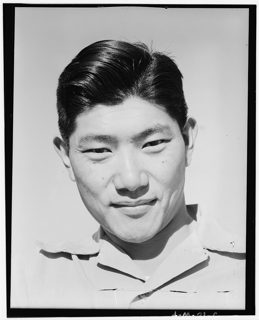 ese internment wwii photo essay ese internment wwii