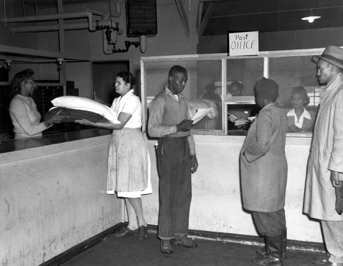 African-Americans at post office, 1940s