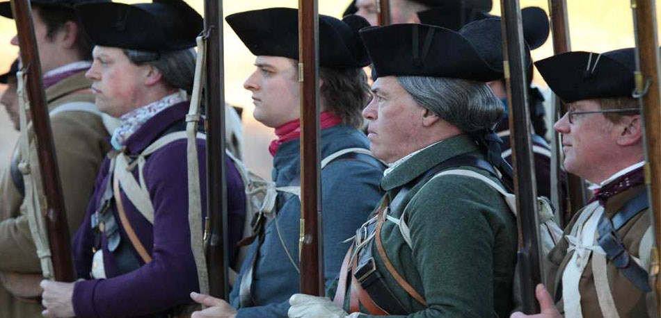 NPS volunteers portray a 1775 minute company