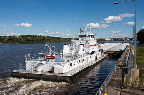 Towboat at Lock and Dam #2 in Hastings, MN.