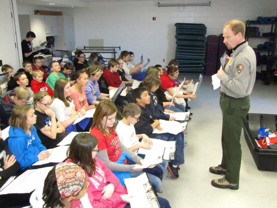 Missouri National Recreational River ranger in the classroom