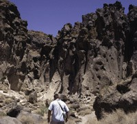 Photo of hiker at Hole-in-the-Wall