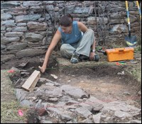 A Monocacy archeologist uncovers a previously unrecorded structure on the Best Farm.