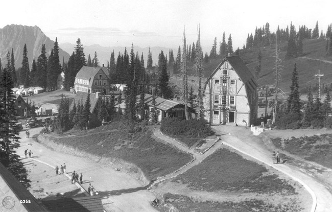 Guide House and Paradise Camp Lodge in the early 1920s.