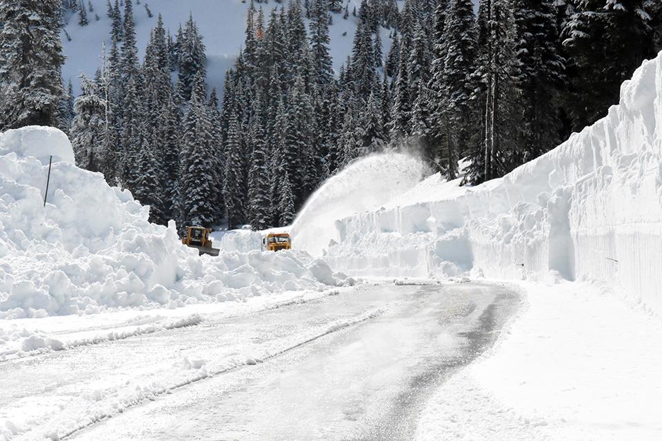 Annual Snowfall Totals - Mount Rainier National Park (U.S ...