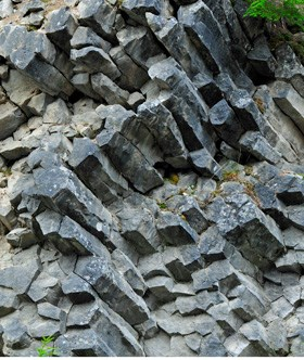 Columnar lava from along the road to Sunrise.