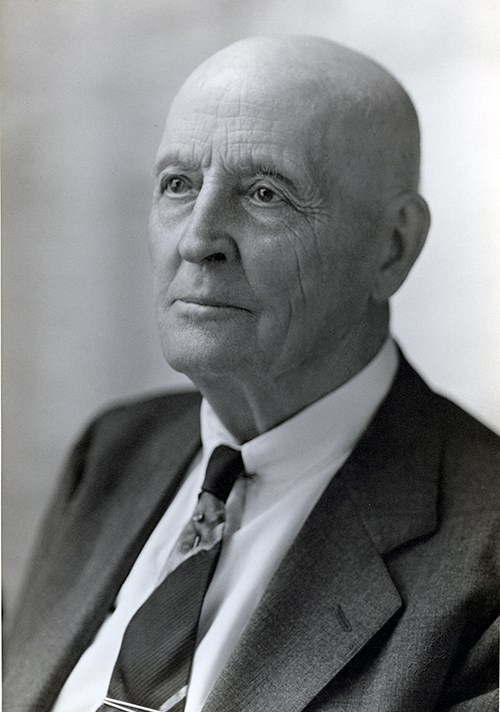 Black and white photograph of Doane Robinson.