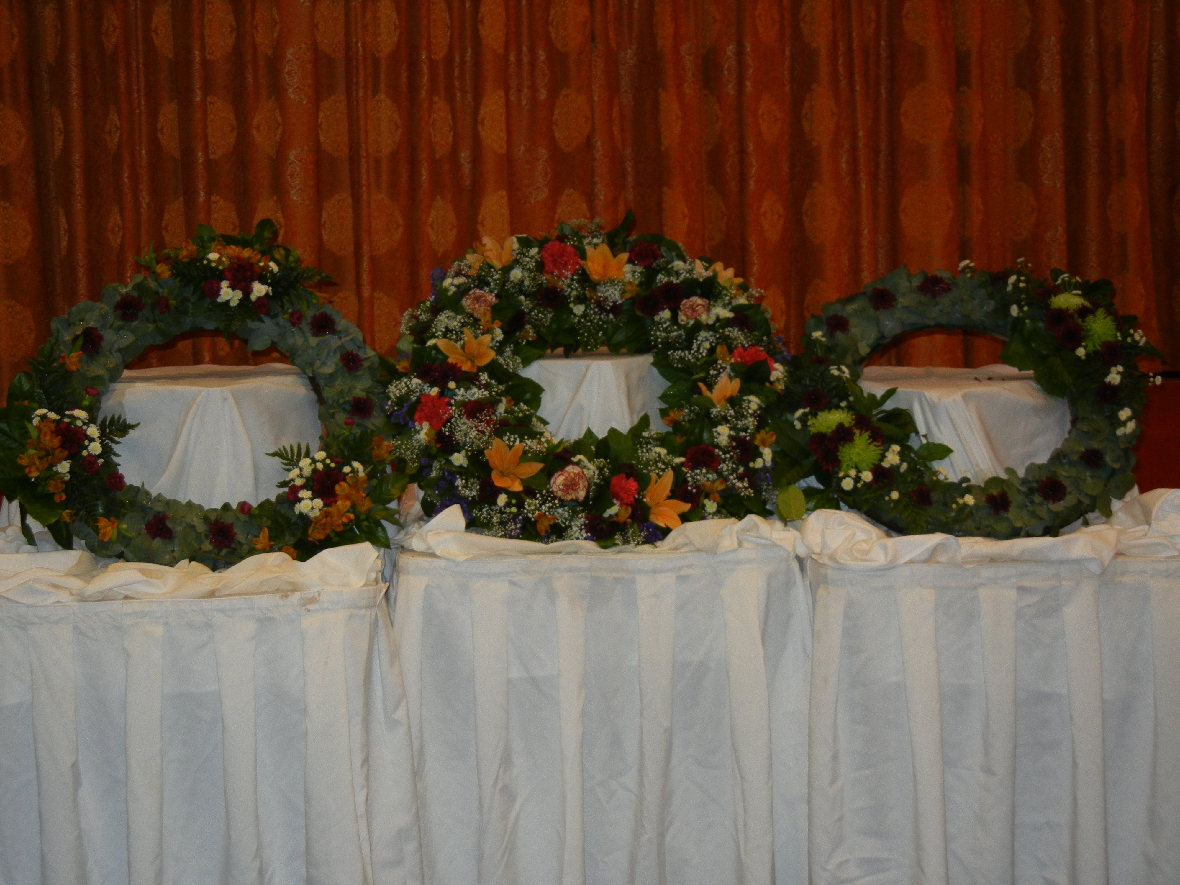 The Three Wreaths