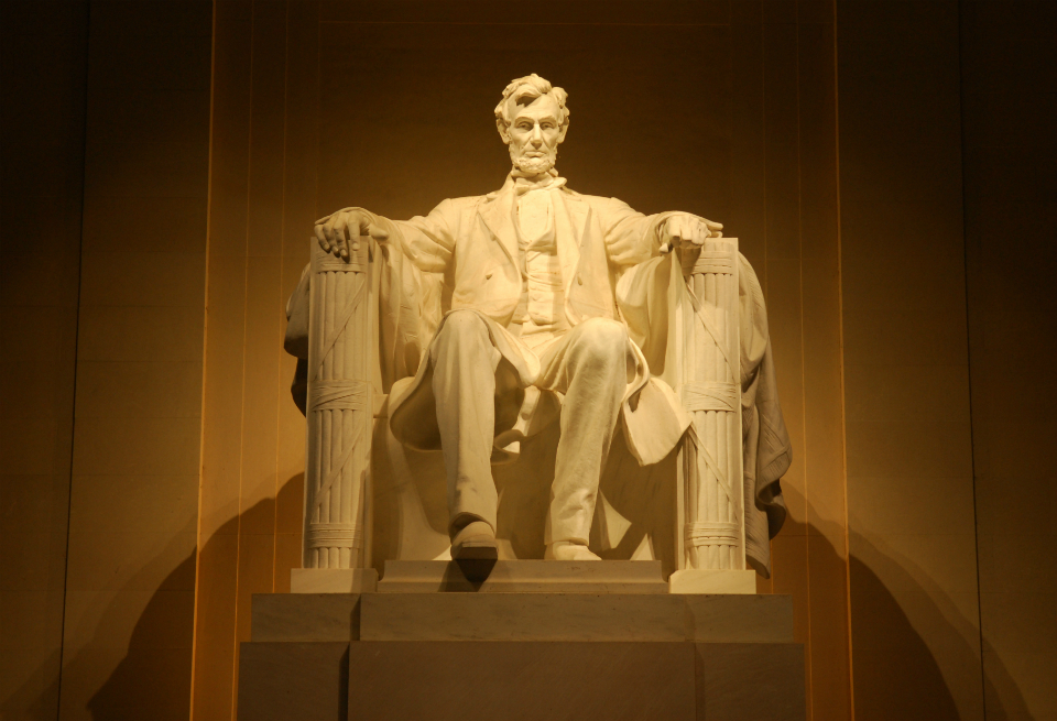 Statue of a seated Abraham Lincoln in the Lincoln Memorial