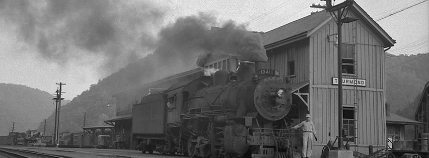 historic photo of a train at Thurmond Depot
