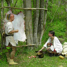Living history interpreters Doug Wood and Naomi Wilson discuss the fur and skin trade and its disruption during the War for the Middle Ground.
