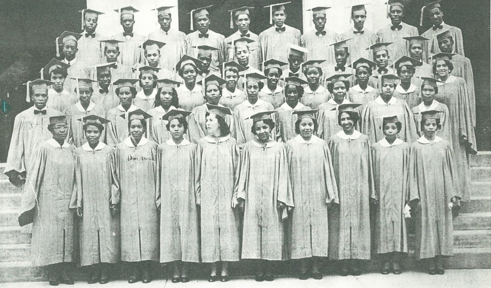 class photo at African American school