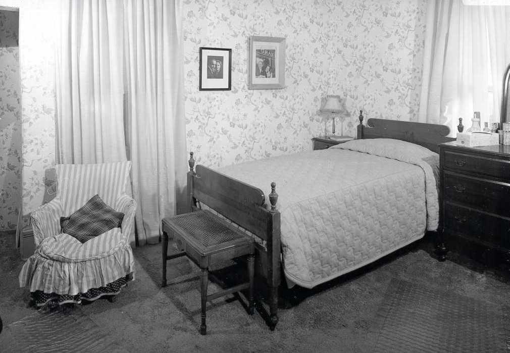 Truman Bedroom Photo