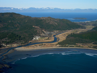 neah bay hispanic singles Port orford (tolowa: tr'ee-ghi  washington, there are three unincorporated communities that are farther west than port orford: neah bay,  hispanic or latino.