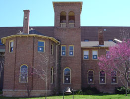 Pulaski County Courthouse--Route 66: A Discover Our Shared Heritage