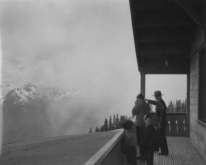 Ranger Hartzell and sons at Hurricane Ridge Visitor Center