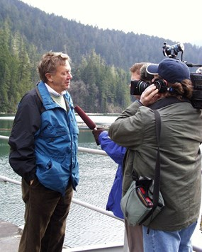 Former Secretary of the Interior Babbit visiting Glines Canyon Dam in 2000