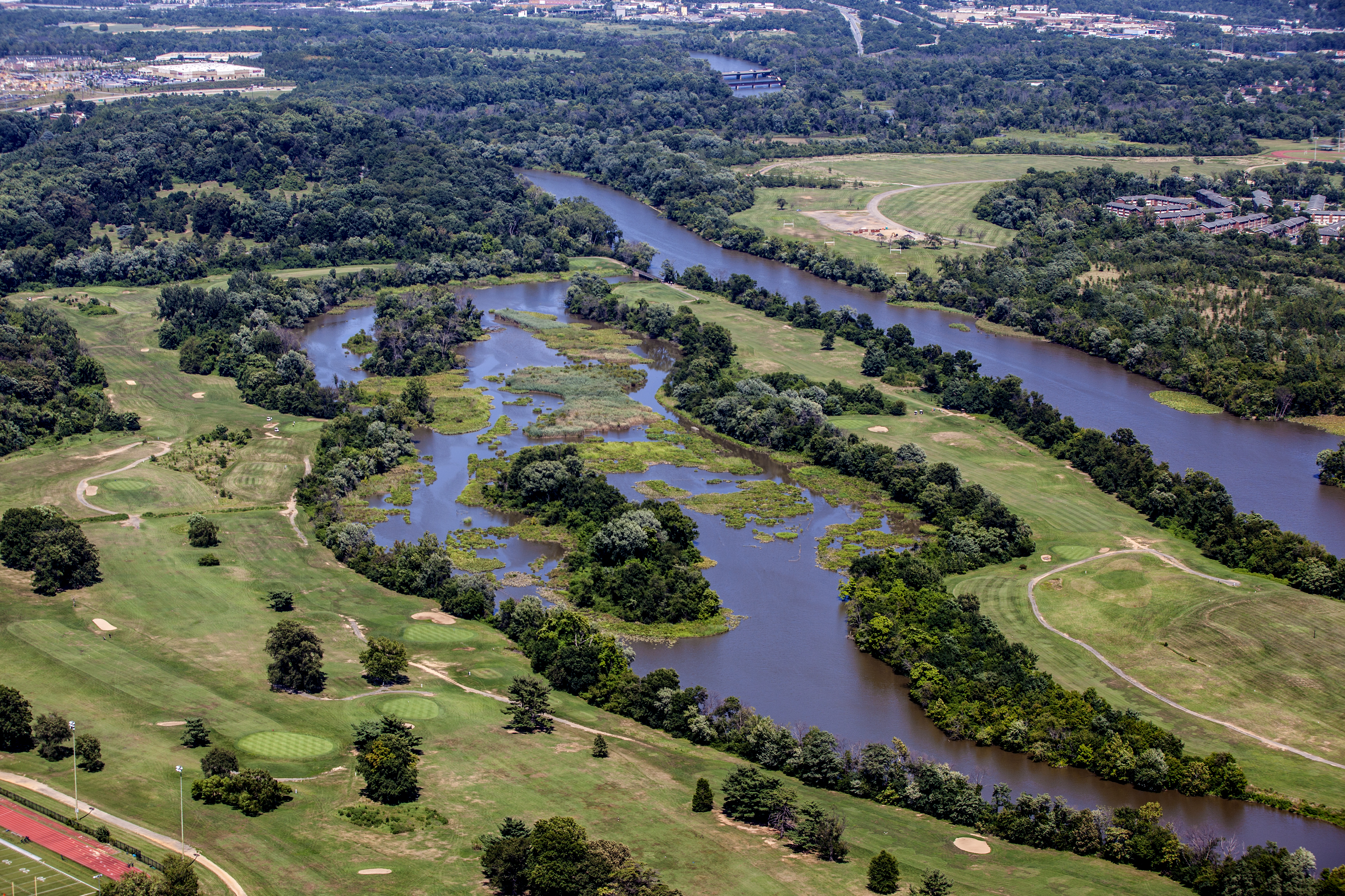 Aerial photo of golf course and river