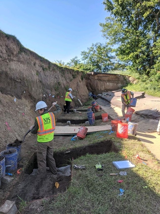 Archaeologists excavate units affected by landslides at Vicksburg National Cemetery (SEAC, NPS)