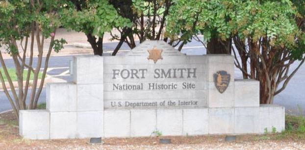 Entrance sign at Fort Smith National Historic Site. NPS photo.
