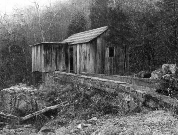Older black and white picture of Klepzig Mill