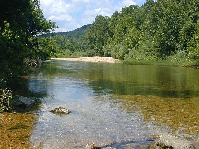 picture of the jacks fork river with water