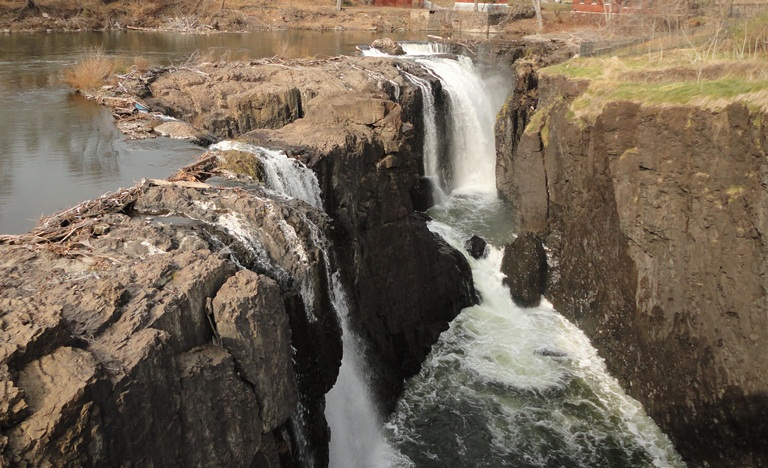 Basalt cliffs of the Great Falls of the Passaic River