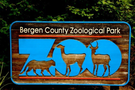 Bergen County Zoo Sign
