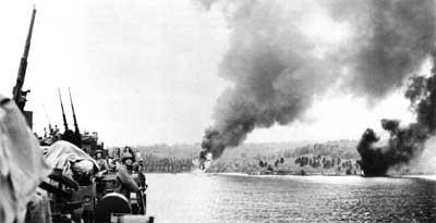 Condition Red: Marine Defense Battalions in World War II