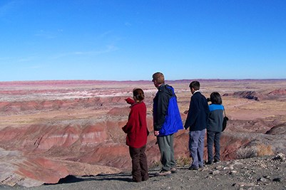 Family enjoying the view of the Painted Desert from the Rim Trail