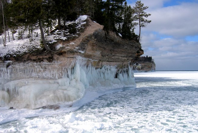 Glaciers Glacial Features Pictured Rocks National Lakeshore U S National Park Service