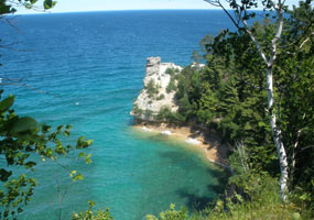 Miners Castle and the clear blue waters of Lake Superior