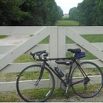 A bike resting along the Potomac Heritage National Scenic Trail