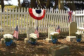 Memorial Day decorations at the G Ranch Life-Saving Service Cemetery. © Elaine Straub.