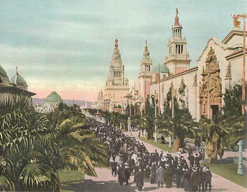 Avenue of Palms at P.P.I.E., 1915