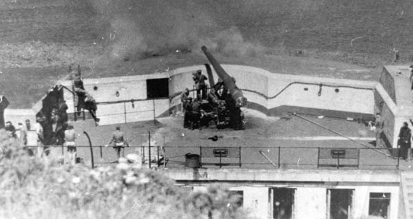 Test-firing at Battery Crosby