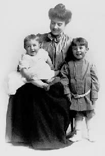 Eda Blankart Funston with sons Frederick II and Arthur