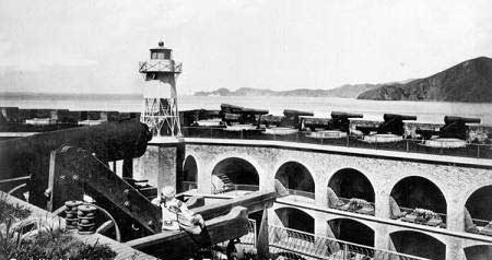 Cannon on the barbette tier of Fort Point in 1870.